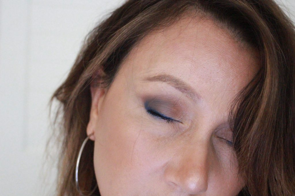 Bold and Beautiful - wearing Marc Jacobs High liner In the Blue